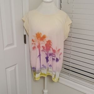 NWT Vibrant Beachy The Limited Blouse